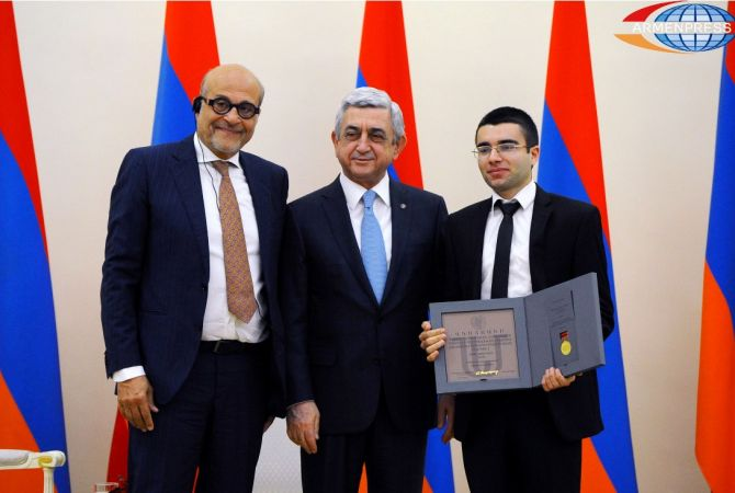 President Sargsyan awards distinguished figures of different spheres